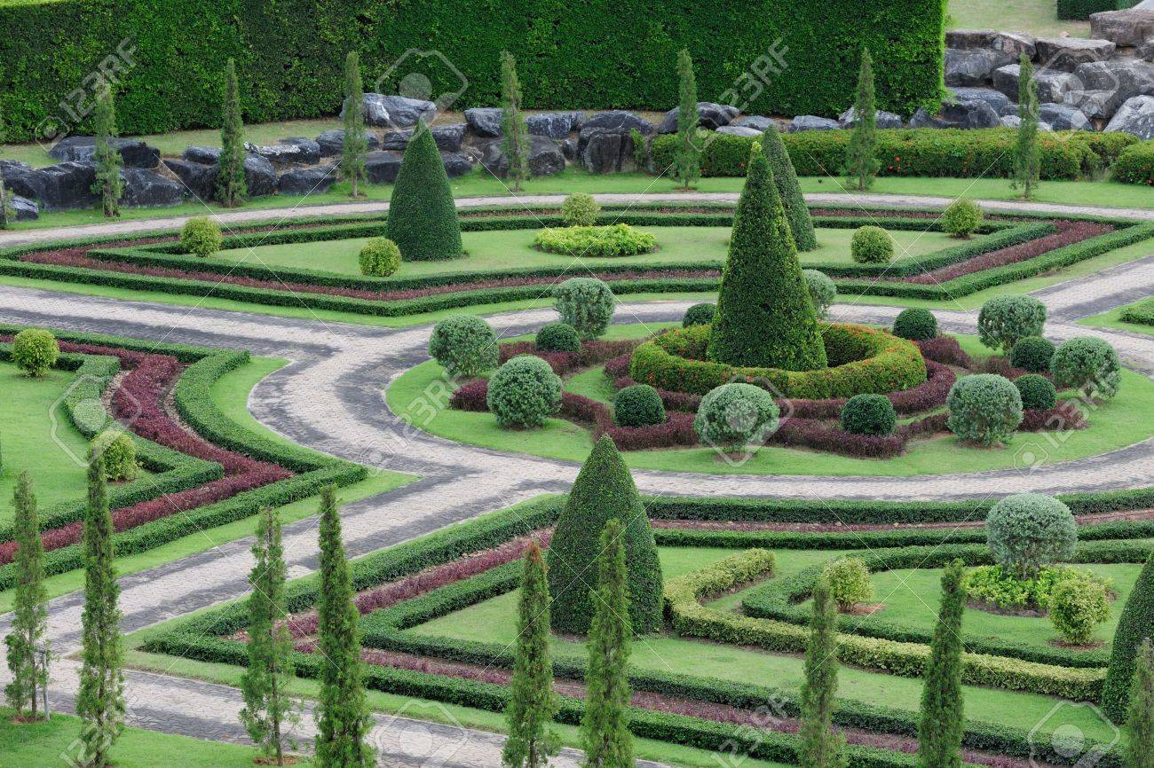 Garden With Walking Path Stock Photo   6892194