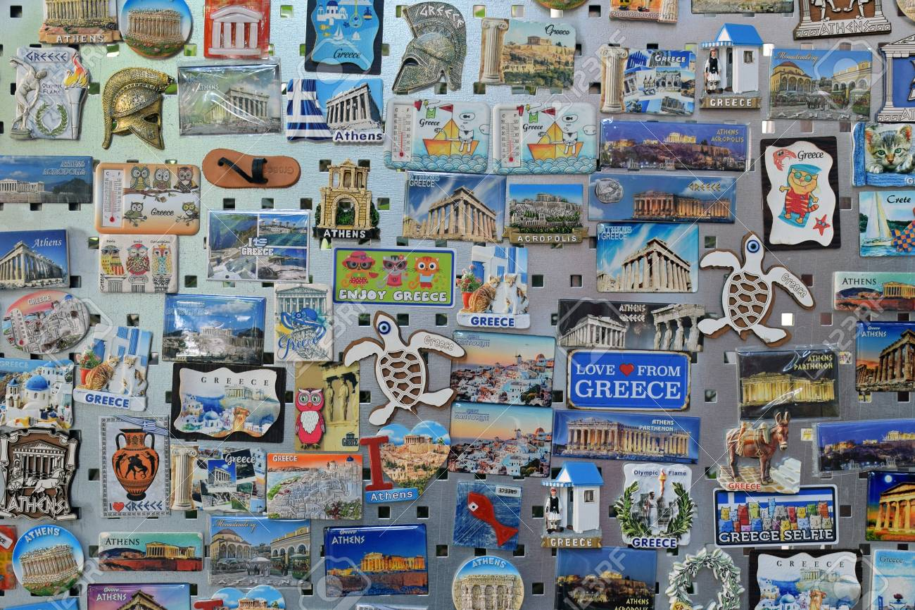 Suveniri - Page 5 113890307-athens-greece-october-2-2018-souvenirs-fridge-magnets-with-themes-and-landmarks-of-greece-at-tourist