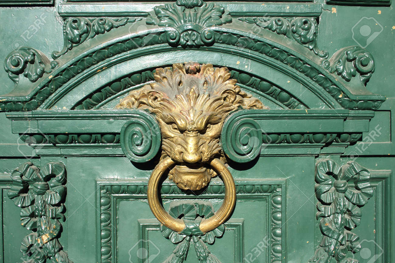 Decorative Gilded Lion Head Door Knob Stock Photo, Picture And ...