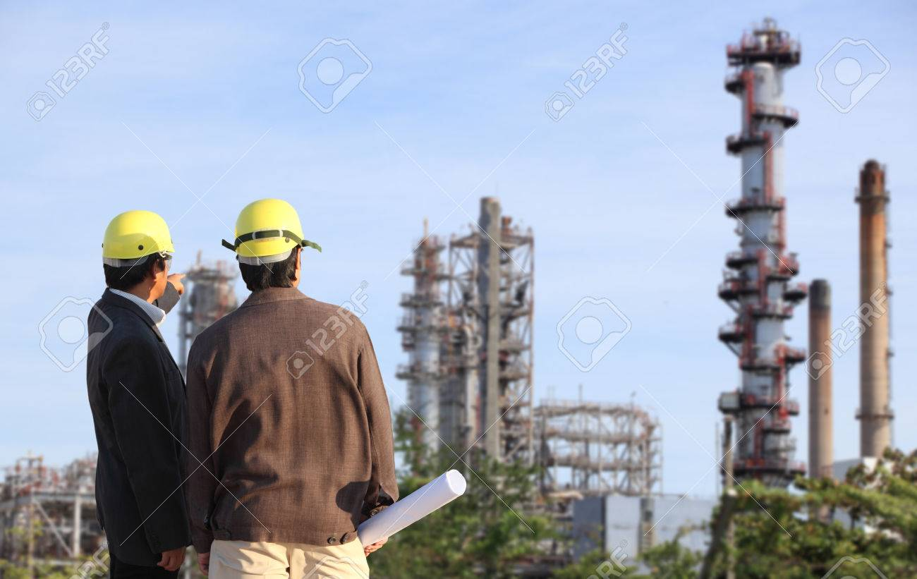 two engineer on site - 41466781