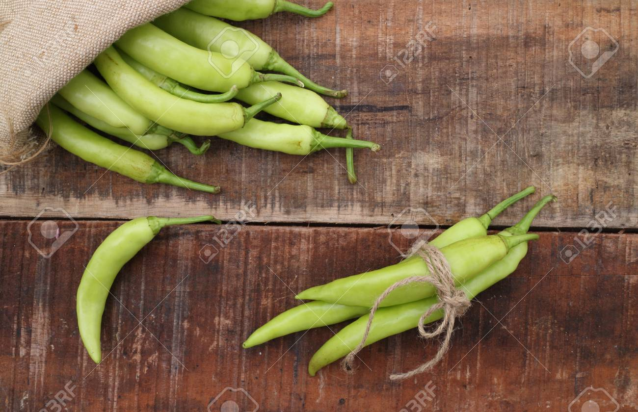 green chili peppers - 46020300