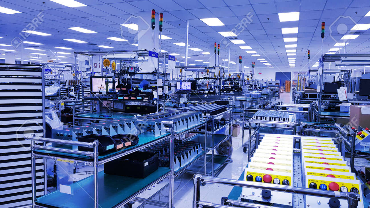 Electronic production line, Modern unit assembly plant,Small industrial production room with equipment for the production of spare parts, metal parts, petrochemical, chemical industrial plant - 132079223