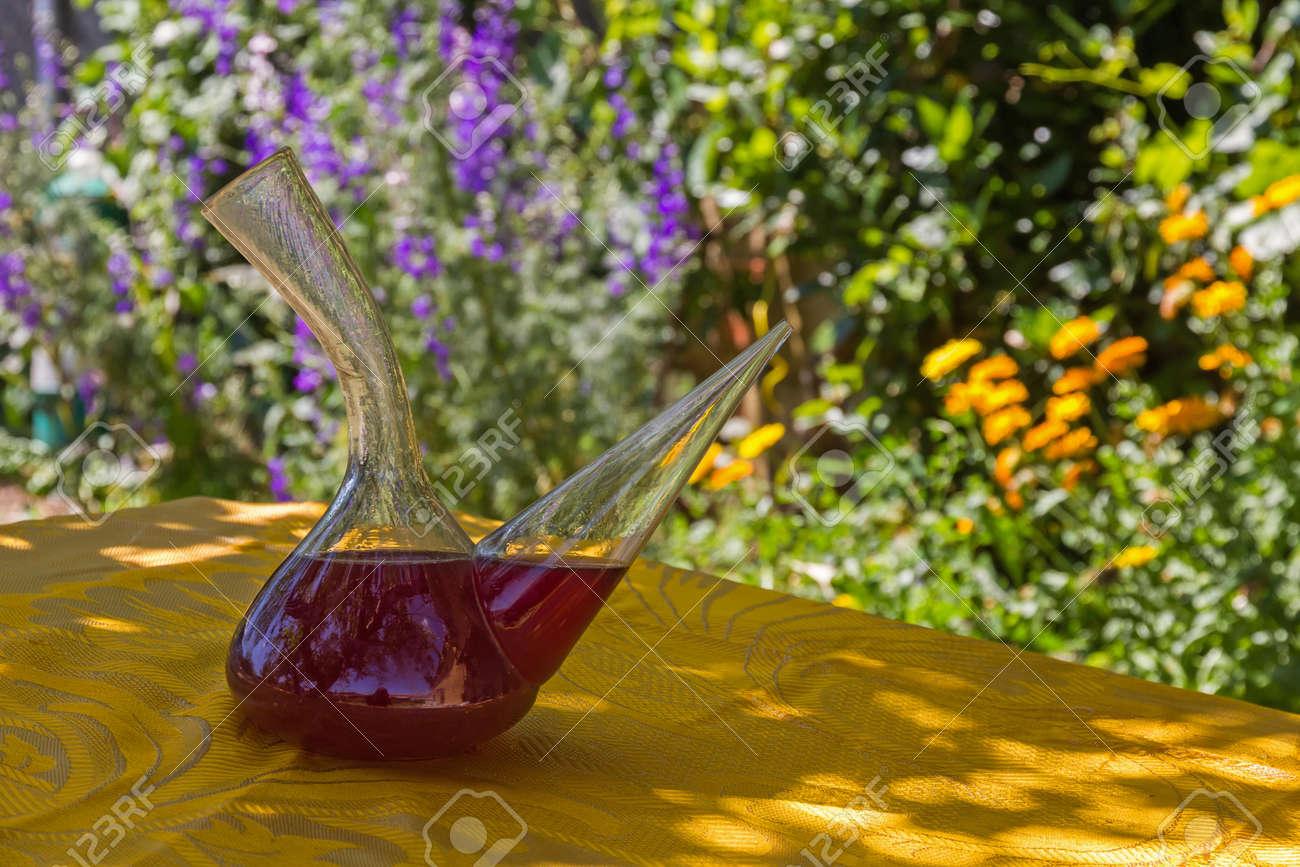 Resultado de imagen de jarro de vino imagenes