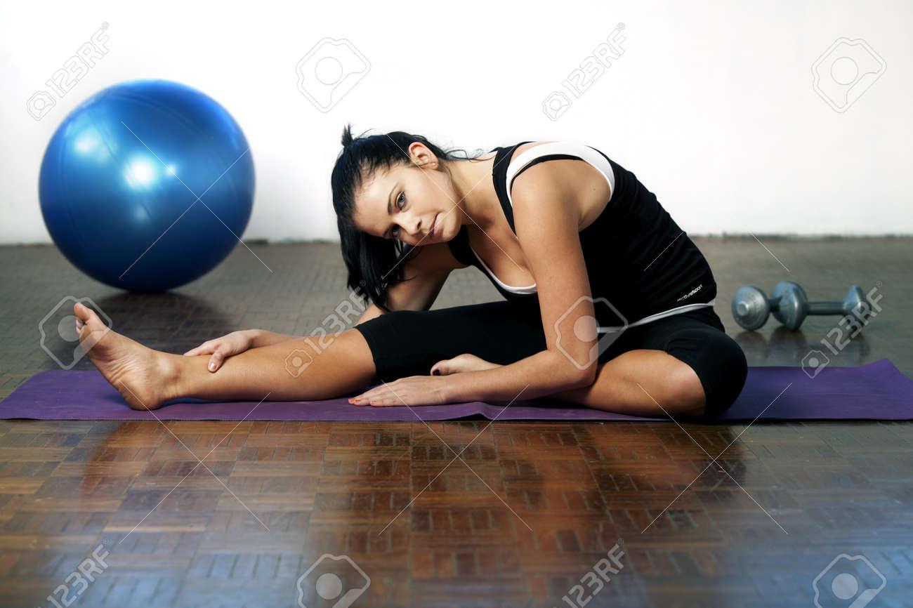 Sporty Caucasian Woman Stock Photo - 10352369