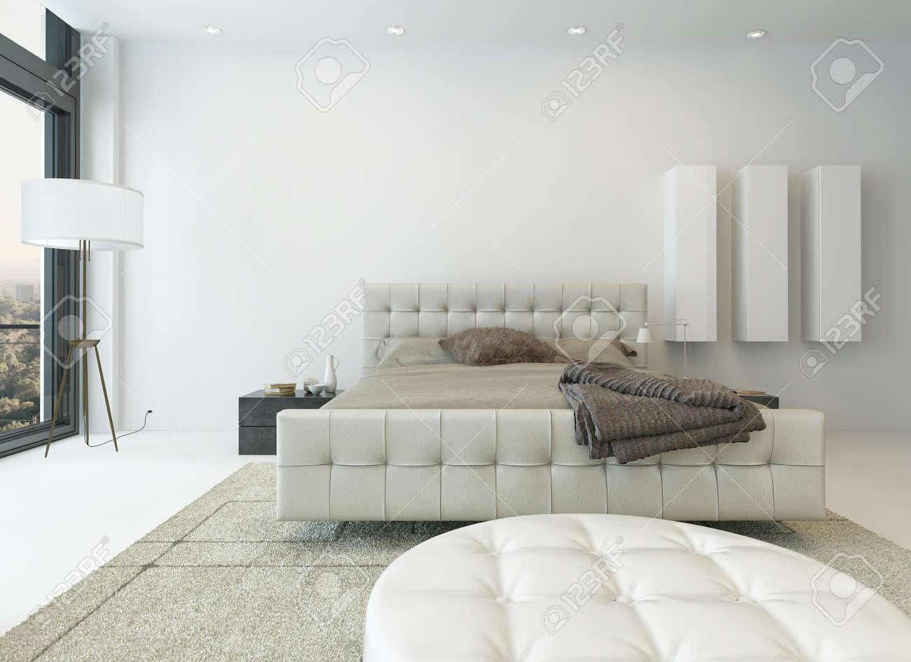 Intérieur de chambre à coucher blanc lumineux avec de beaux ...