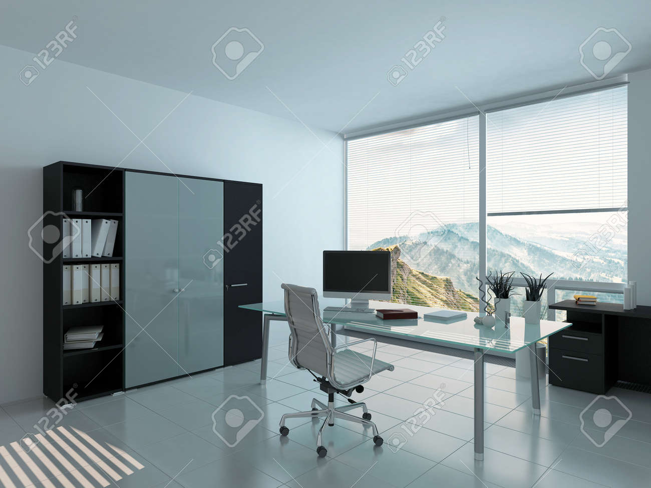 Intérieur de bureaux moderne avec un bureau et pc banque d images