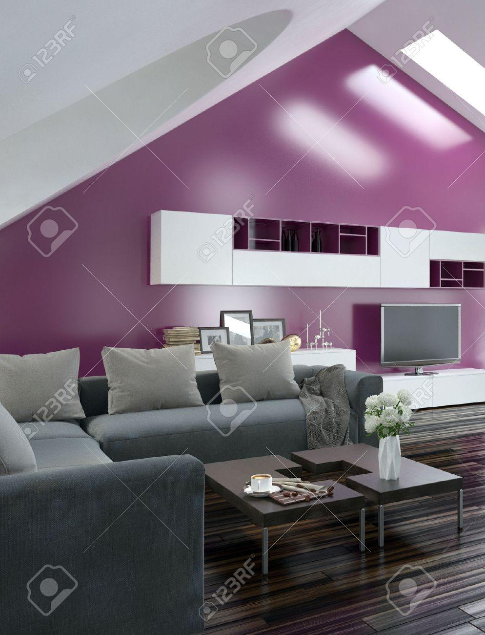 Elegant Moderne Wohnung Wohnzimmer Innenraum Mit Einem Lila Akzent Wand Und  Dachschrge Mit Dachfenster Ber Einem With Dachschrge Wohnzimmer