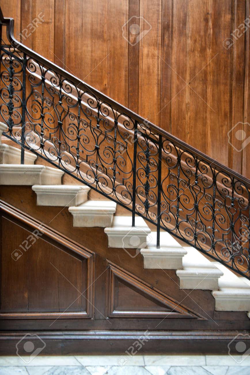 Barandillas Escaleras Interiores Beautiful Vuelo De Las Antiguas  ~ Barandas De Hierro Para Escaleras Interiores