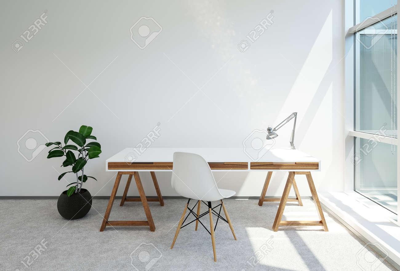 Bureau moderne tréteaux ou d une table de bureau avec lampe