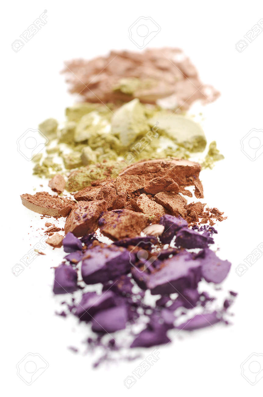 Eyeshadow crushed and mixed isolated on on a white background - 88482648