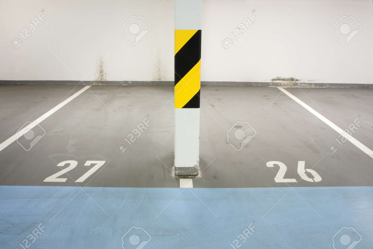 Underground garage - parking lot in a basement of house Stock Photo - 9731227