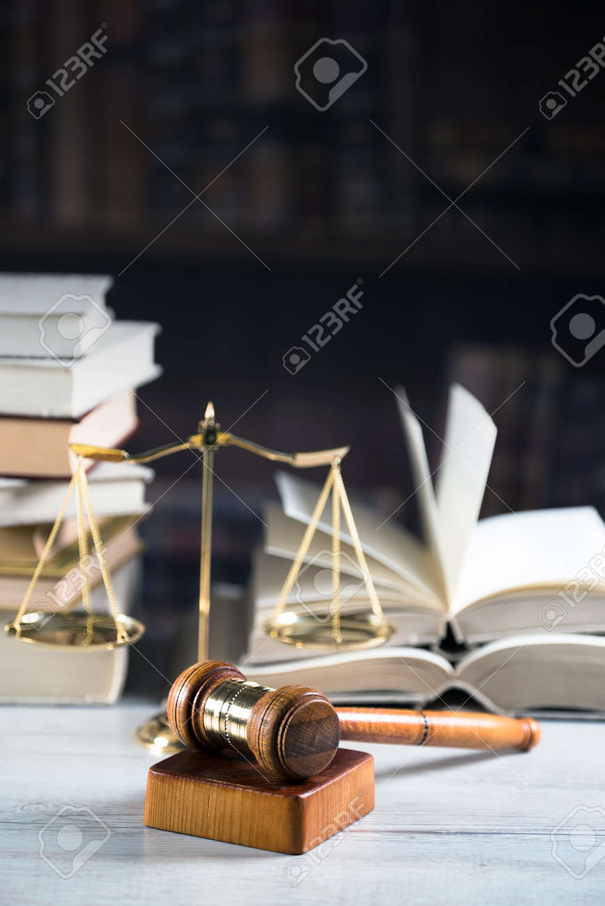 law theme - 90103333