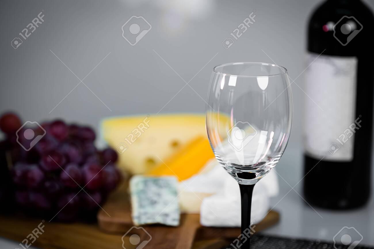 Wine glass close-up - 142548087
