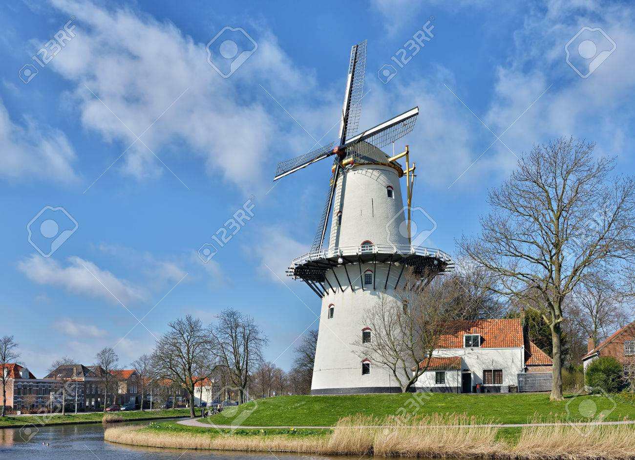 MIDDELBURG, NETHERLANDS-MARCH 16, 2014: Traditional Holland windmill is one of architectural symbols of Netherlands. Stock Photo - 27964580