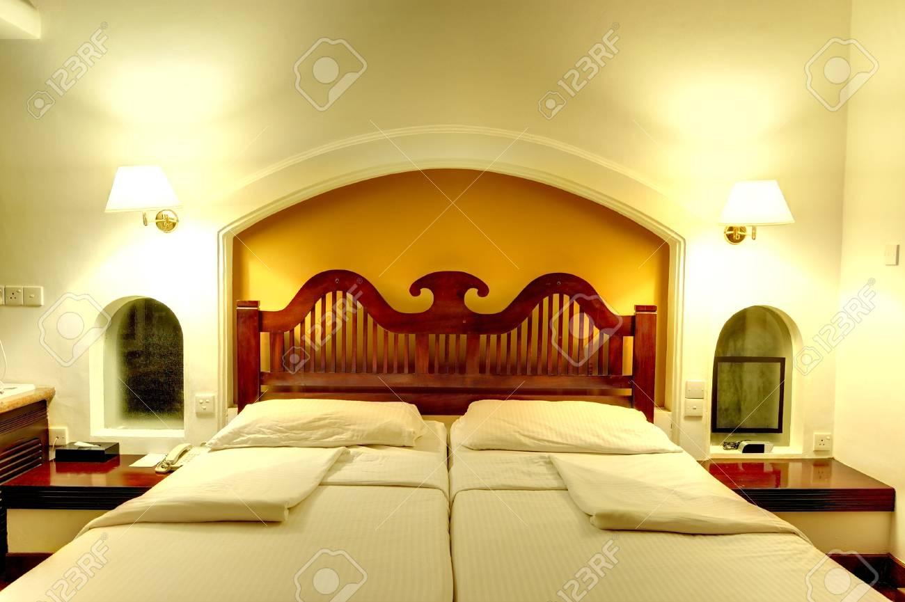 Hotel Di Lusso Interni : Interno appartamento in hotel di lusso di notte lilluminazione