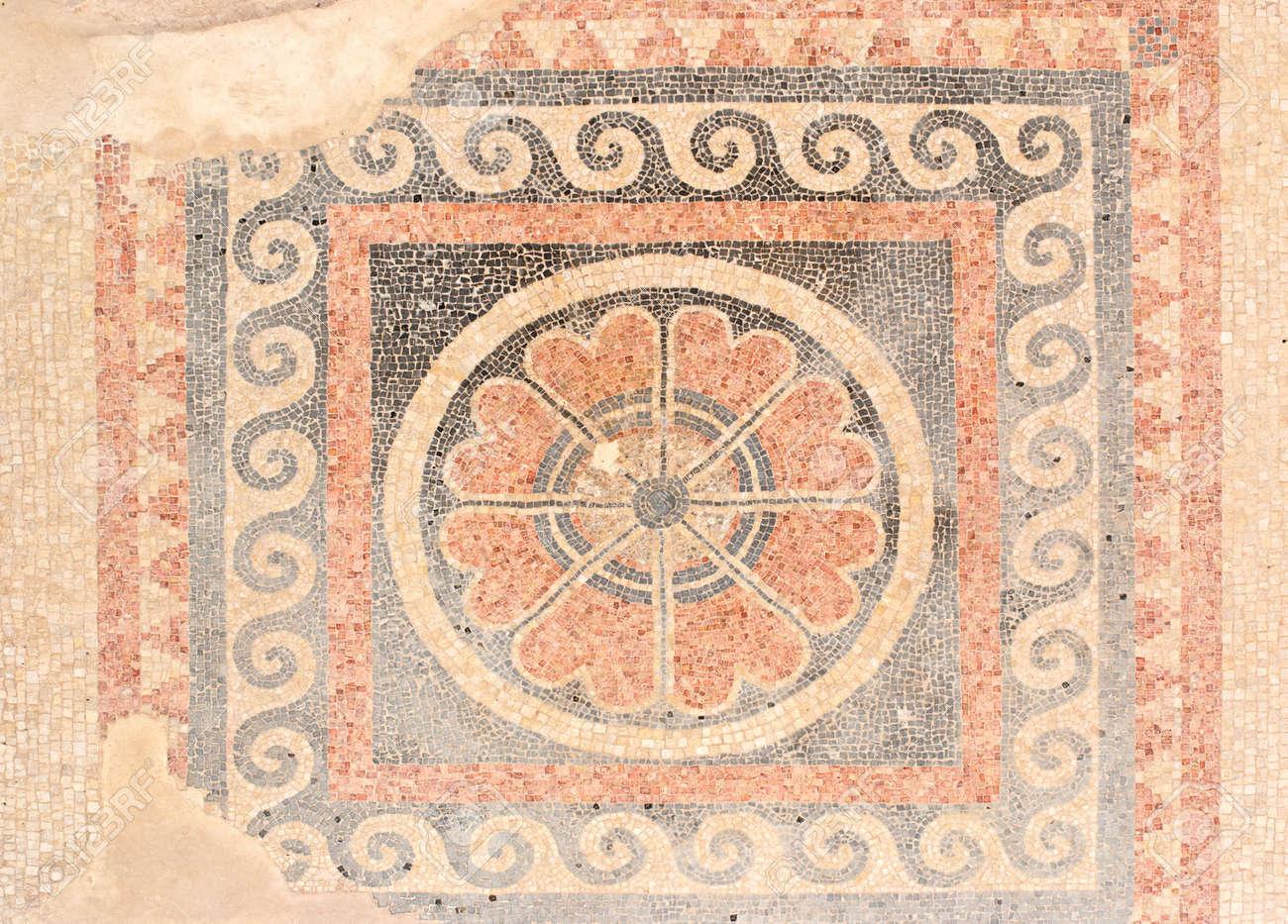 Fußboden König ~ Antikes mosaik fußboden aus könig herodes palast in masada