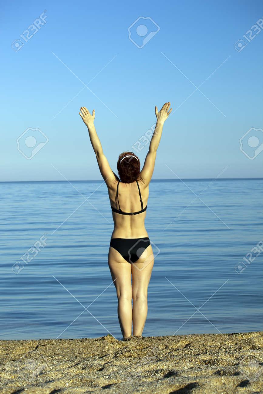Фото девушек в купальнике со спины 41 фотография
