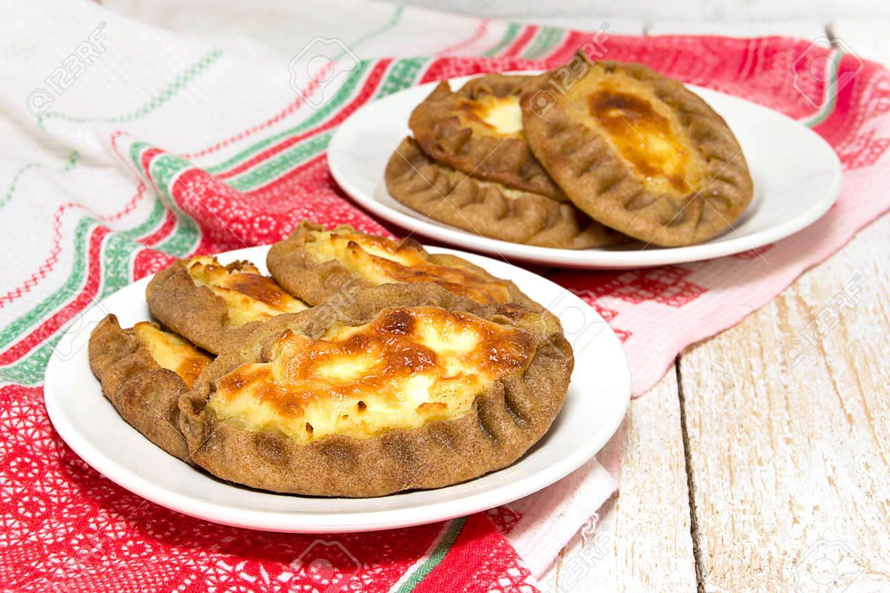 Karelian wickets: recipe with photos. The recipe for a delicious filling 36