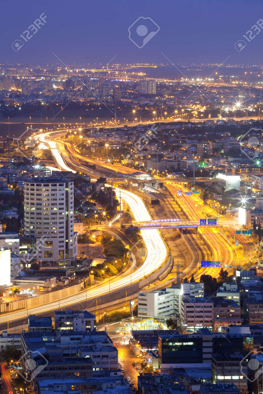 Ayalon Highway at twilight, Tel Aviv at sunset, Israel Stock Photo - 7056277