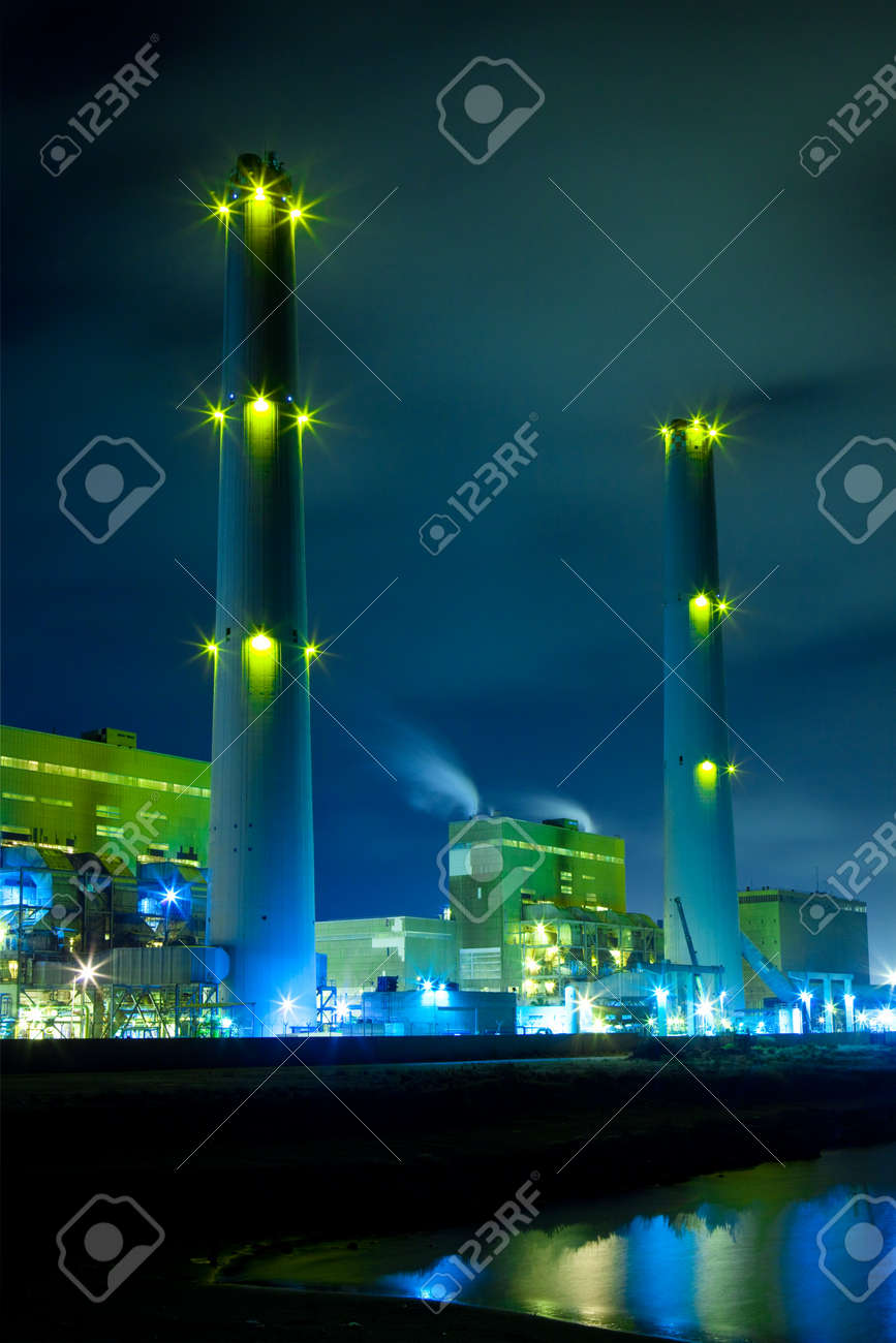 Power plant at night Stock Photo - 13647182