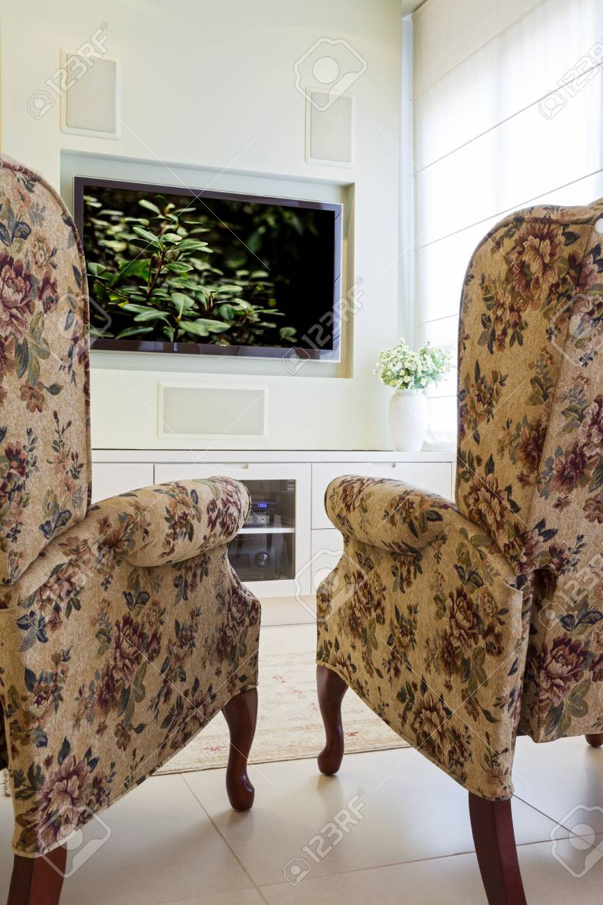 Chambre Moderne Avec Télévision à écran Plasma Remarque à L