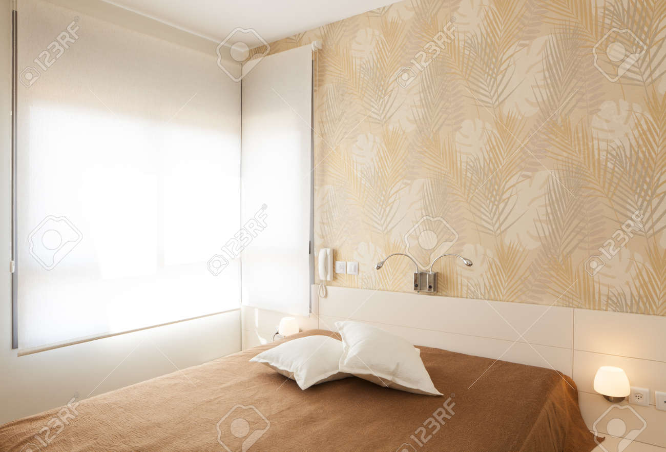 Modern luxury bedroom with wallpaper /  Hotel Room Stock Photo - 14447221
