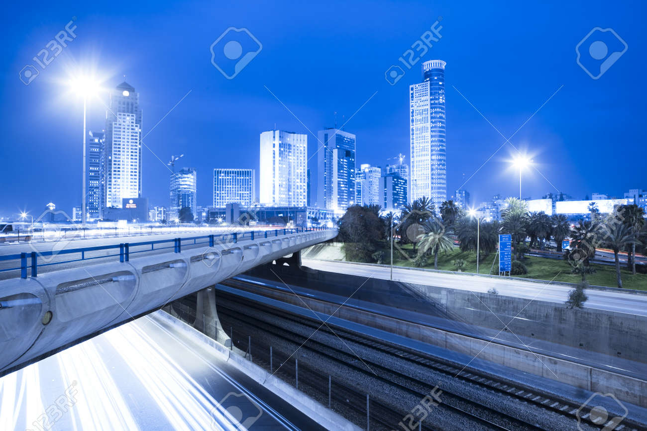 Tel Aviv Cityscape - Traffic on Ayalon Freeway Stock Photo - 19900356
