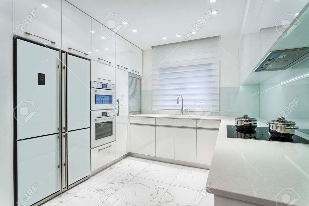 Modern Luxury White Kitchen Stock Photo Picture And Royalty Free