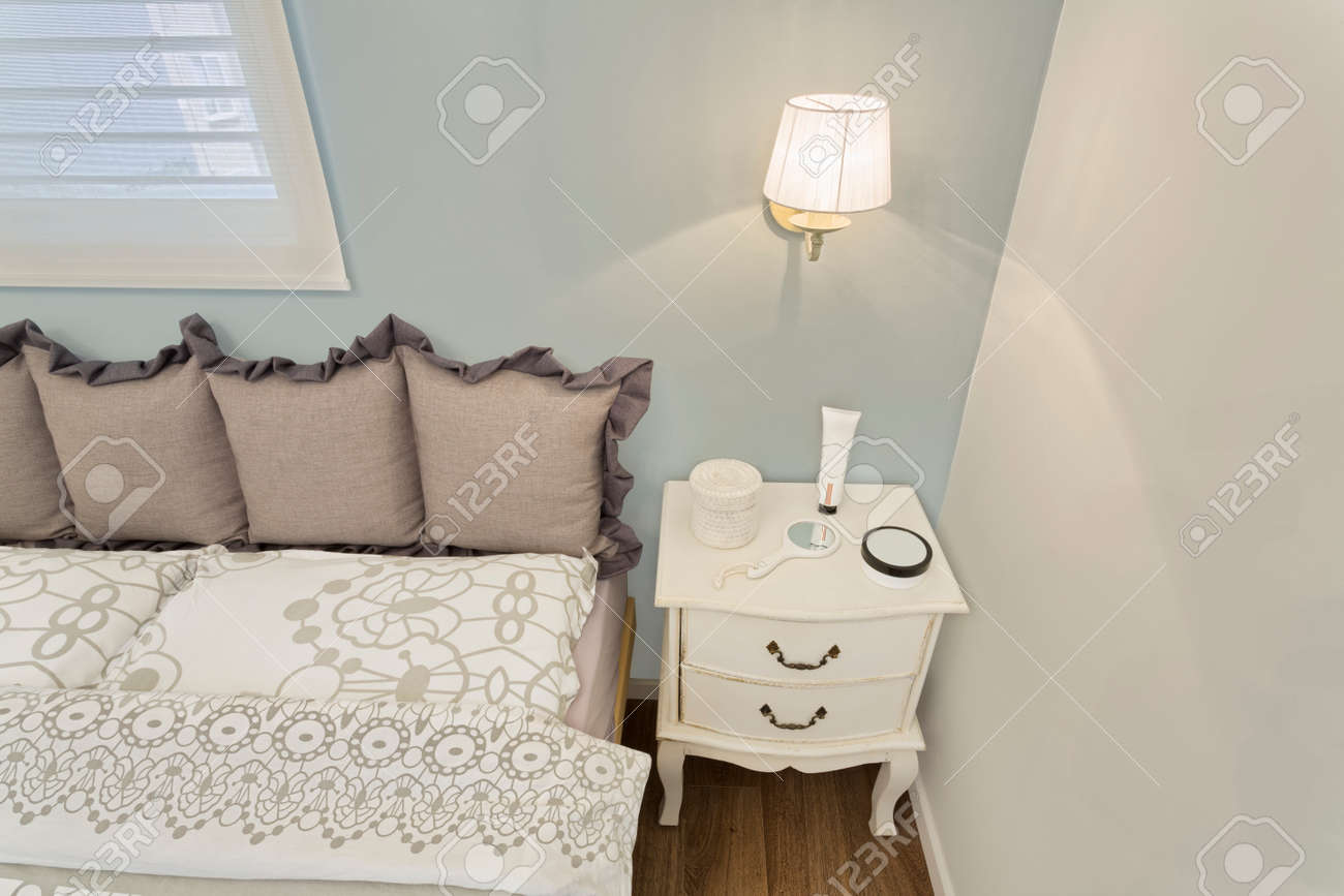 Papier Peint Chambre Moderne partielle moderne chambre de luxe avec du papier peint / hôtel de luxe  chambre