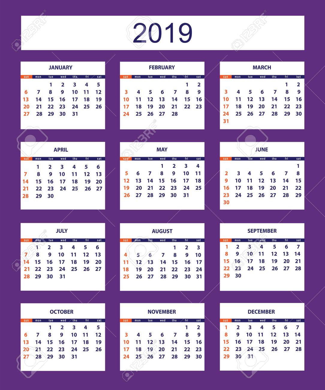 Calendario Americano Clásico Para El Año 2019 De La Pared En El Fondo Violeta Idioma En Inglés La Semana Comienza El Domingo Hay Todos Los 12 Meses Eps 10 Ilustraciones Vectoriales Clip