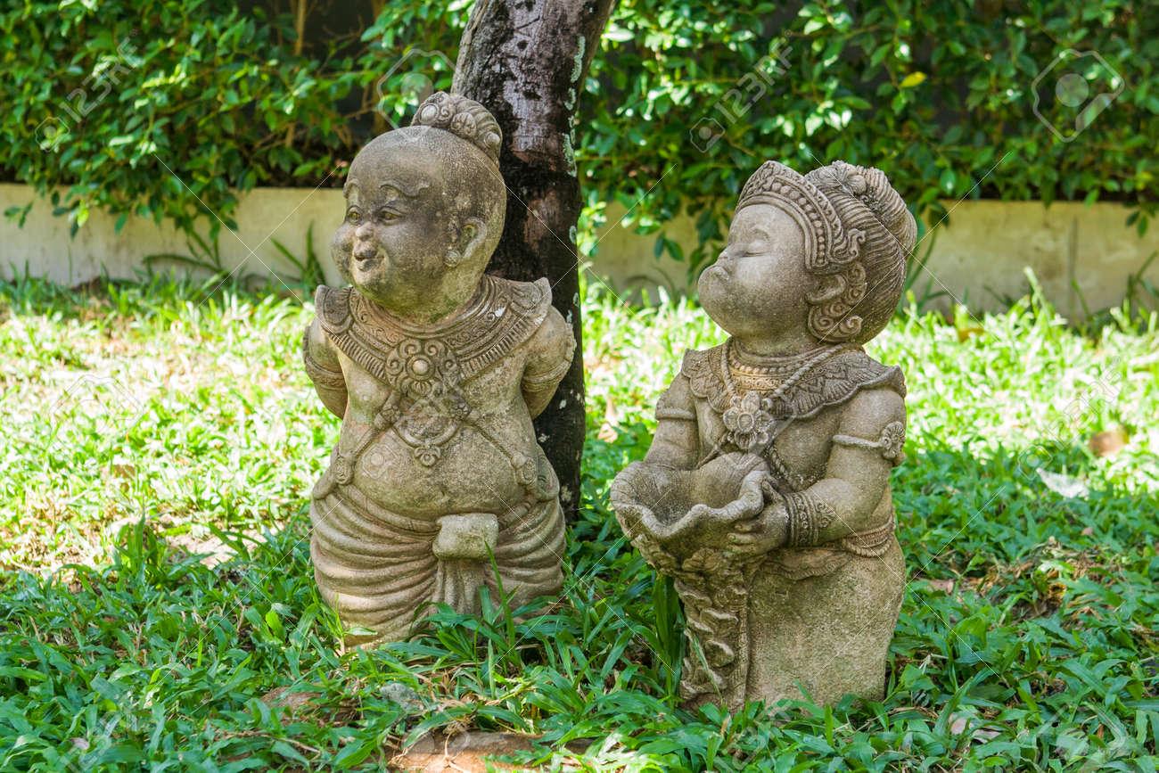 Tradicional Escultura Divertido Jardin Tailandes Una Pareja Fotos - Escultura-jardin