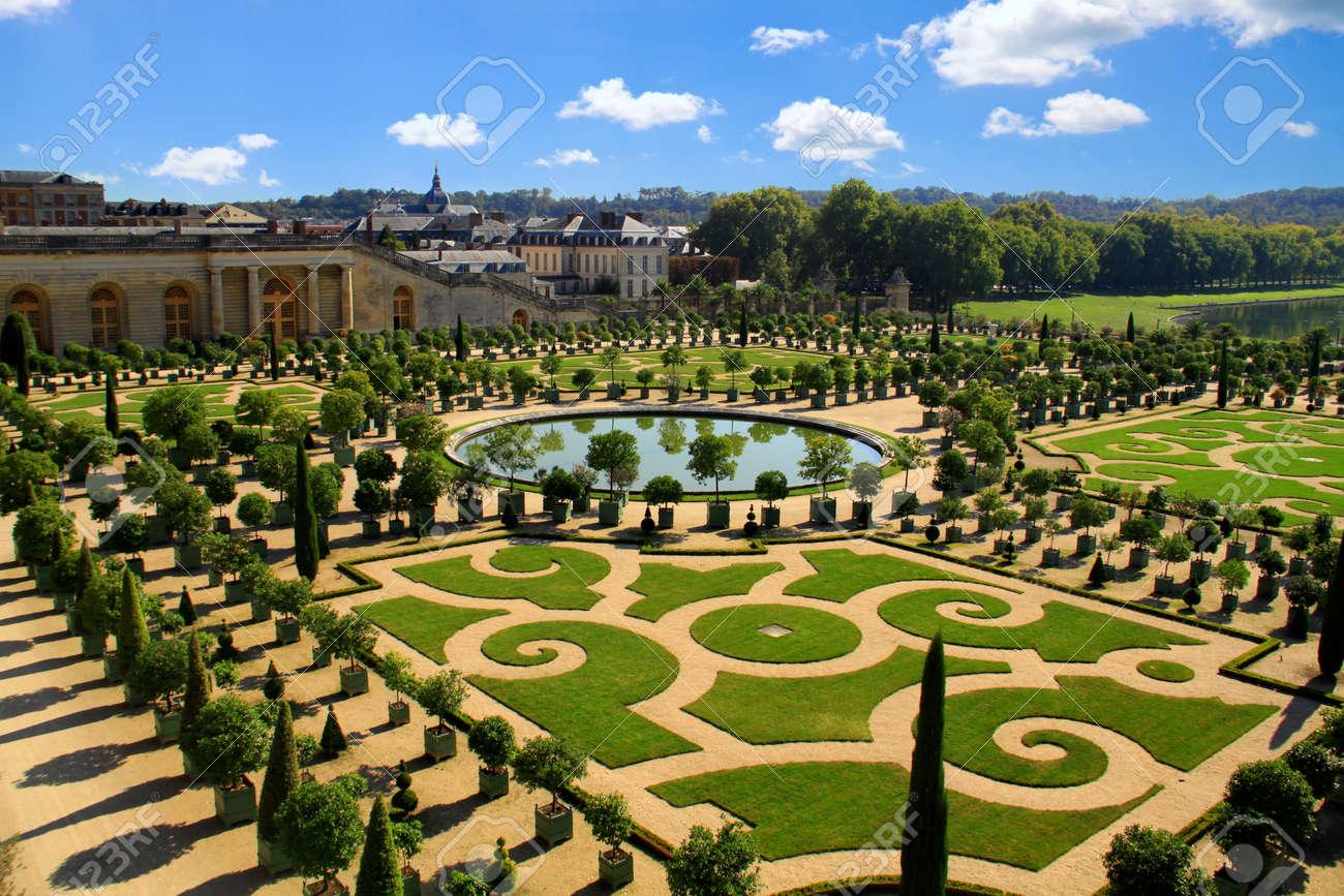 Immagini stock versailles francia ottobre giardini di