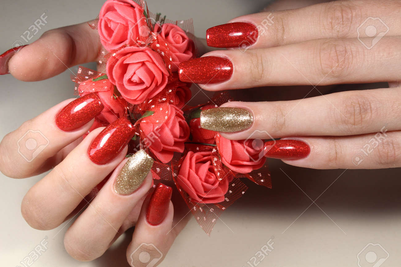 Manicure 2017 Uñas Extensivamente De Color Rojo Brillante