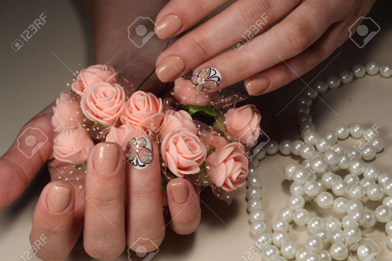 manikre design nagel mit schnen muster standard bild 80937959 - Nagel Muster