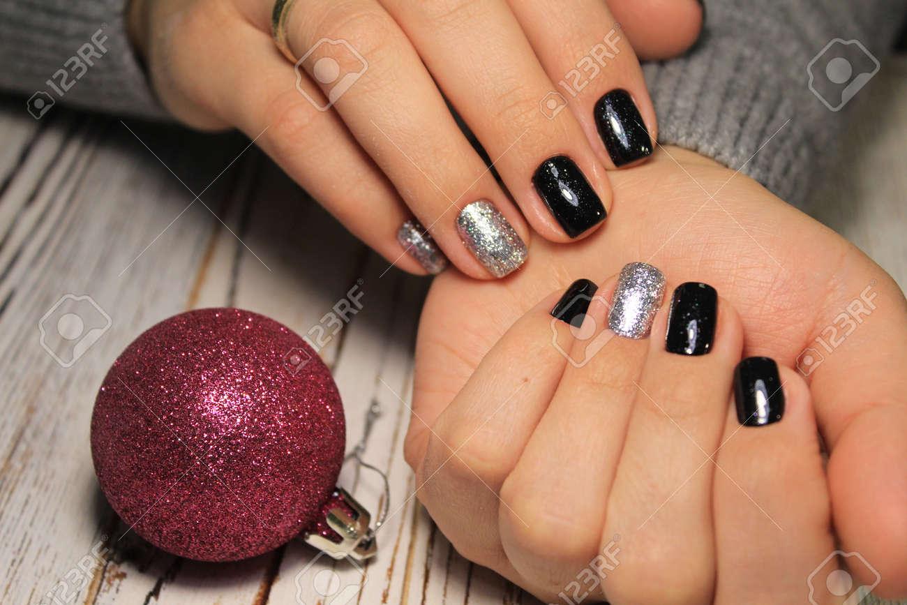 Christmas Nail Art Manicure Winter Holiday Style Bright Manicure