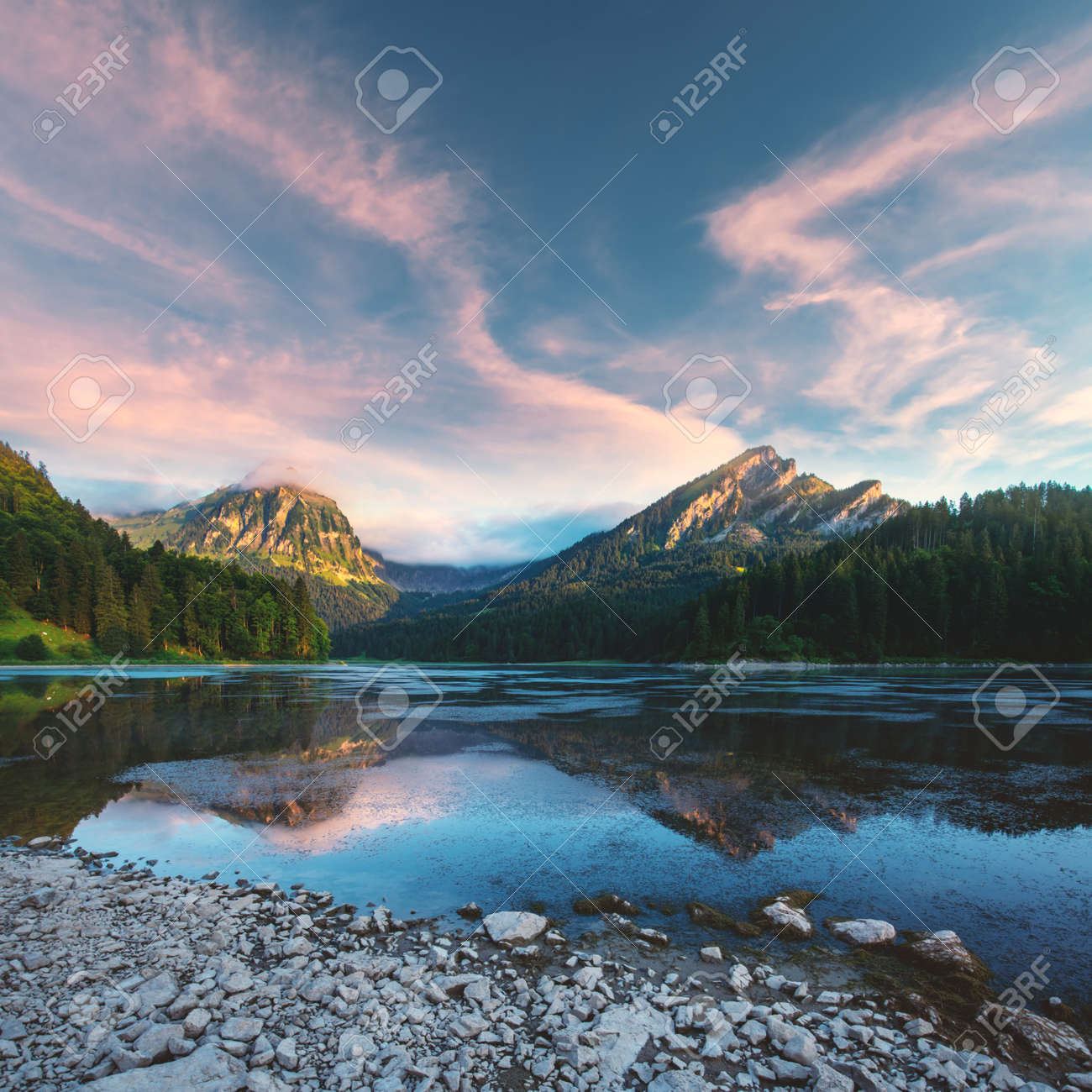 Peaceful summer view on Obersee lake in Swiss Alps. - 142809201