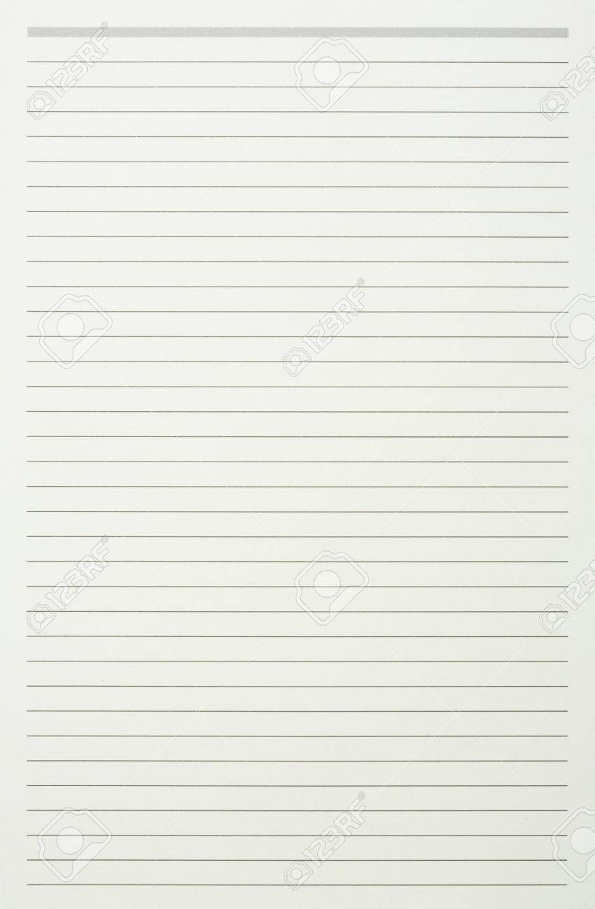 Green read note paper with thin line Stock Photo - 17304444