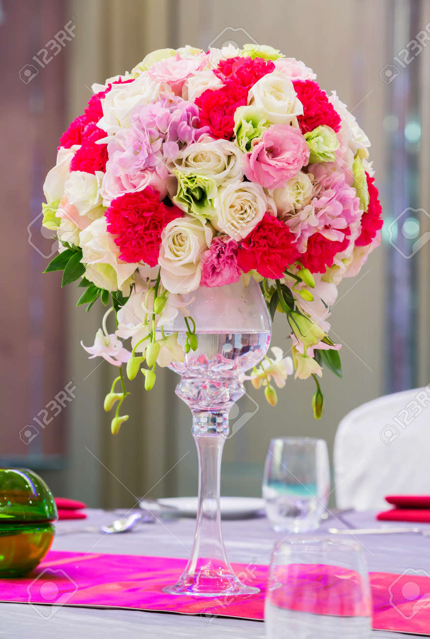 Flower Bouquet In Glass Vase On Dining Table Stock Photo   17568483 Part 92