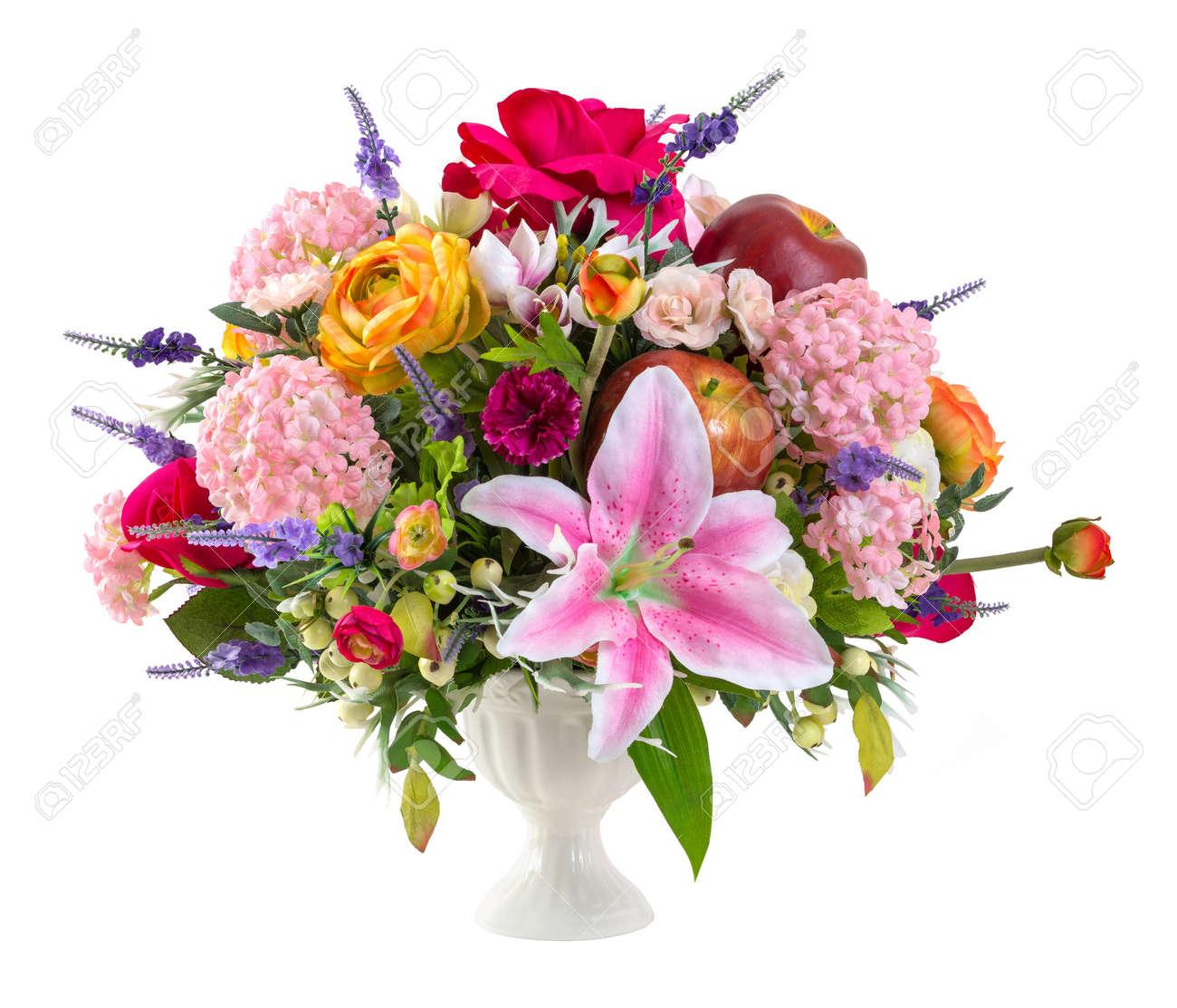 bouquet de lirios de colores rosa clavel manzana hortensias en florero de cermica aislado en blanco