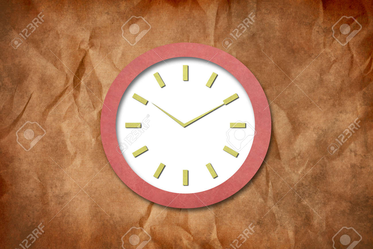Time on Old Paper Clock Stock Photo - 15621623