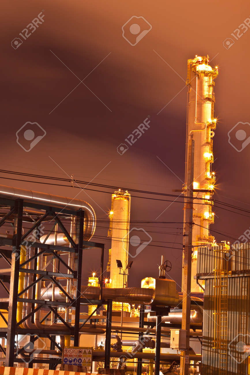 petrochemical plant Stock Photo - 11951608