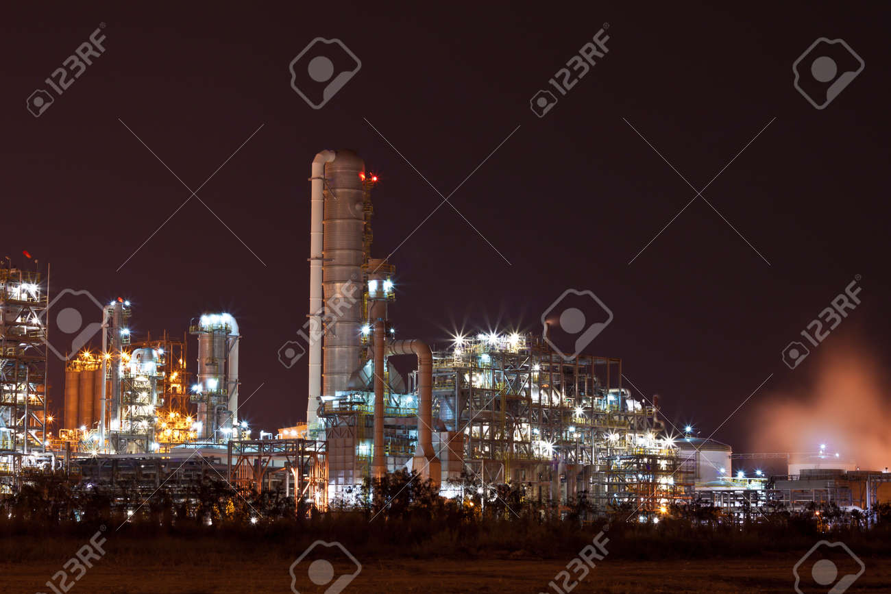 petrochemical plant Stock Photo - 12017837