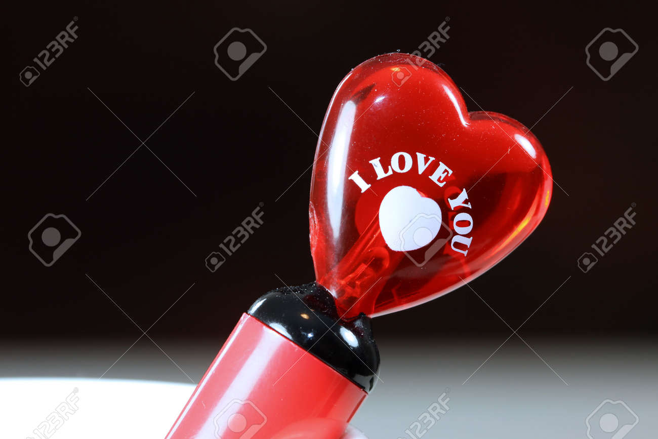 Glassy heart with I Love You note Stock Photo - 7652798