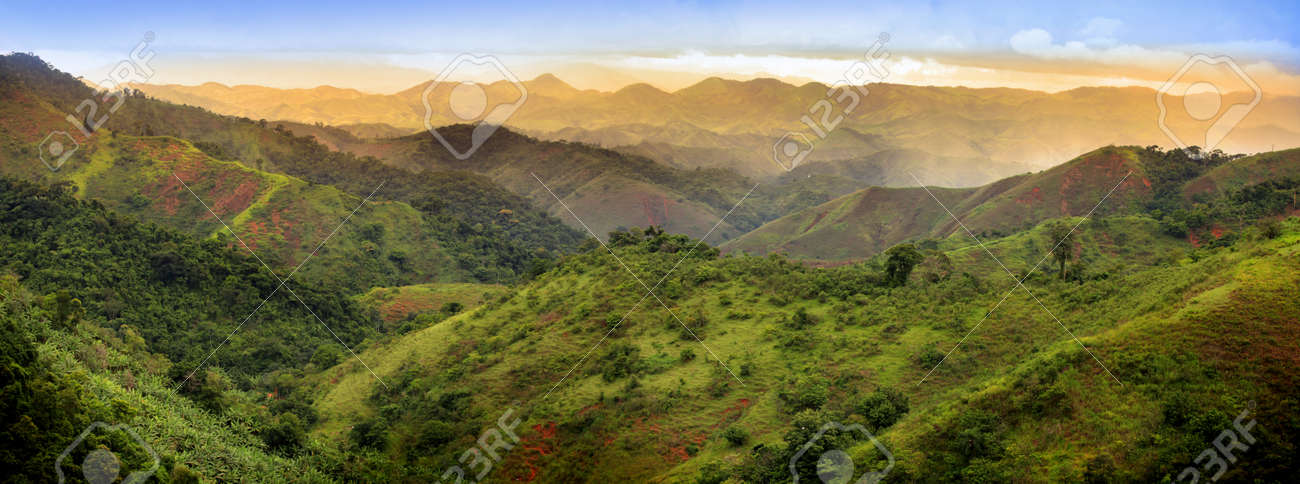 Panoramic view of mountains in Brazil - 18505371