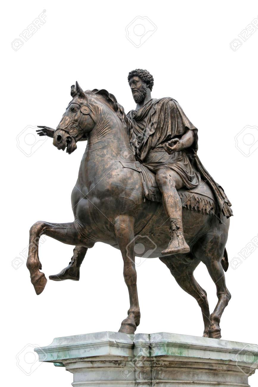 Venne emanata una legge-quadro di Roma che veniva di volta in volta data alle singole comunità.