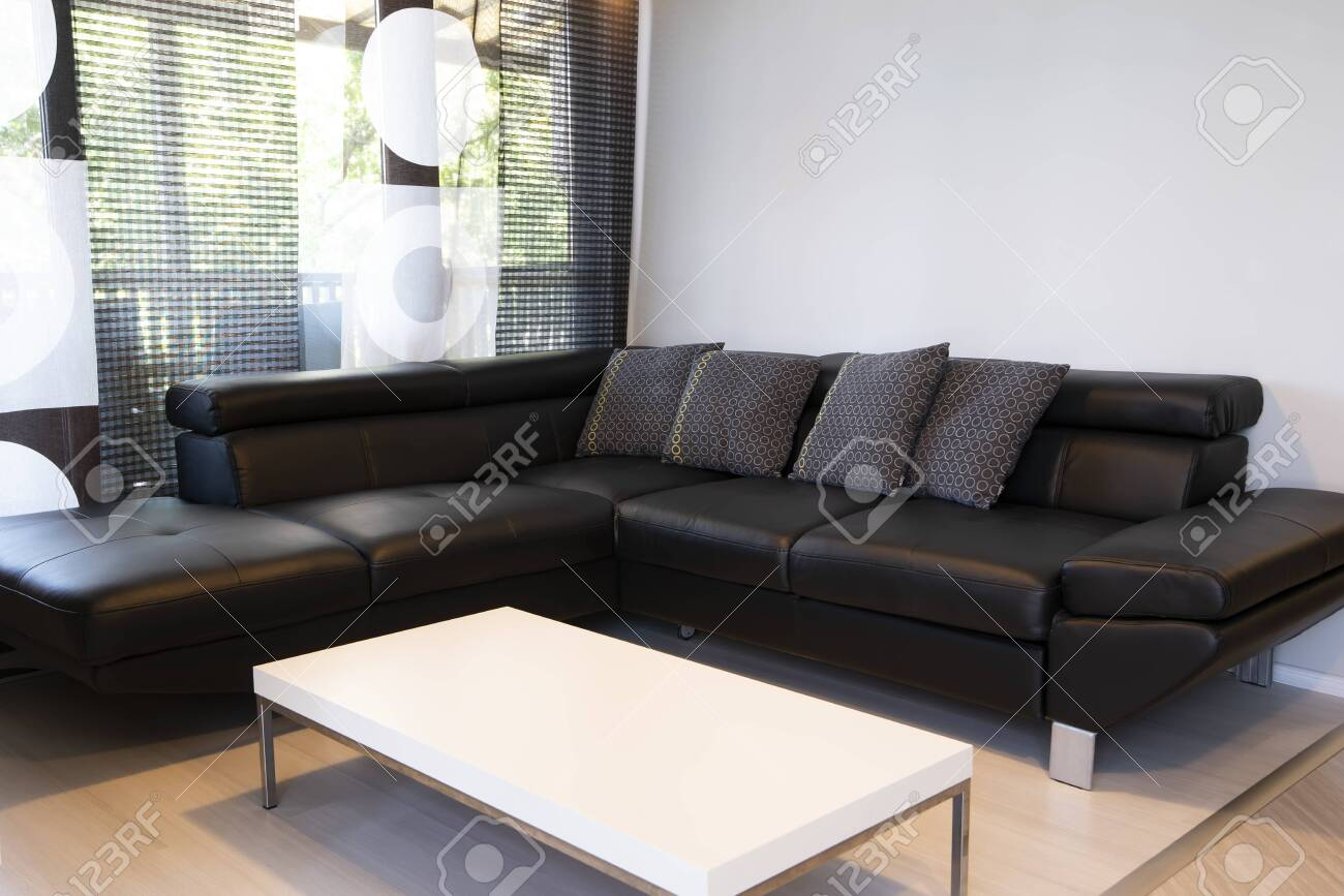 Fabulous Modern Interior Of Living Room With Comfortable Black Leather Andrewgaddart Wooden Chair Designs For Living Room Andrewgaddartcom