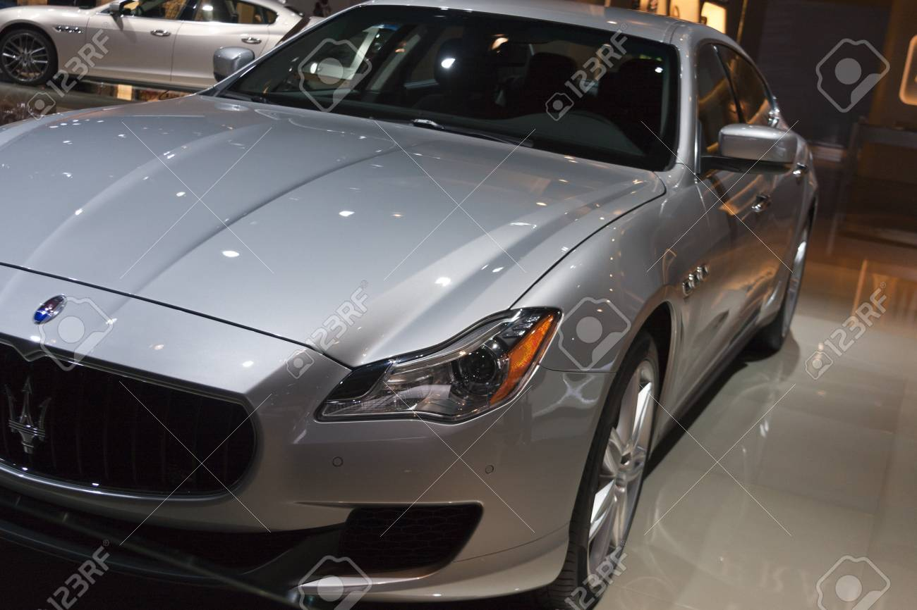 https://previews.123rf.com/images/snokid/snokid1301/snokid130100097/17776484-detroit-january-27-the-new-2013-maserati-quattroporte-at-the-north-american-international-auto-show-.jpg