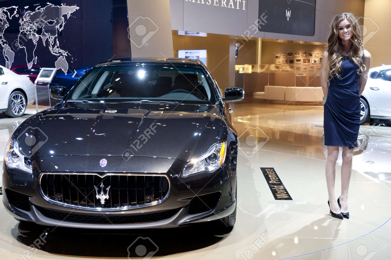 https://previews.123rf.com/images/snokid/snokid1301/snokid130100099/17776498-detroit-january-27-the-new-2013-maserati-quattroporte-at-the-north-american-international-auto-show-.jpg