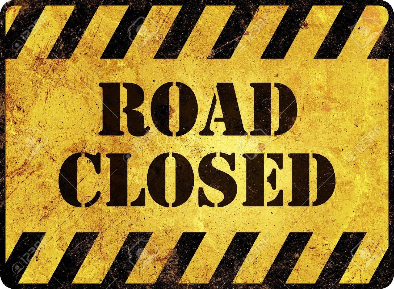 Road Closed Warning Sign Stock Photo - 16761302