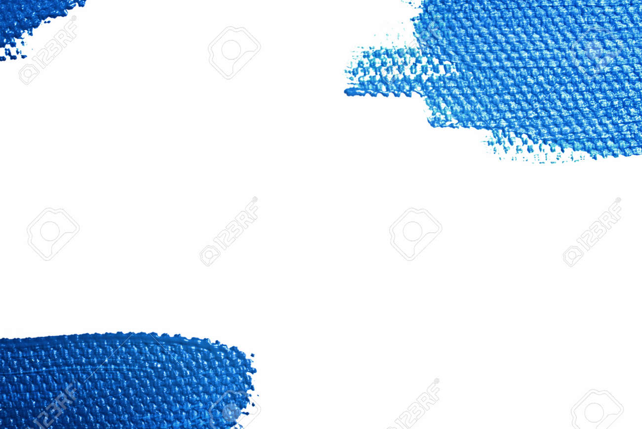 Elongated brushstroke, puddle of blue acrylic paint. Isolated. Color of the year 2020, Classic Blue. - 140122766